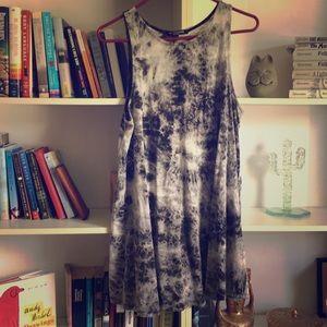 Dresses & Skirts - Super Soft Tie-Dye Dress 🐼✨